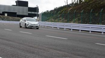 A Toyota megnyitotta a saját Nordschleiféjét