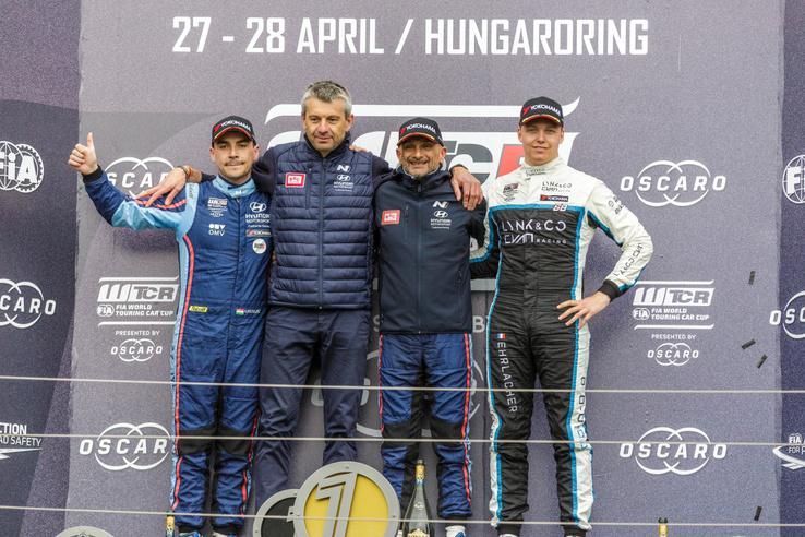 Később Guerrieri rontott, így Michelisz a dobogón, a második helyen zárt a Hungaroringen