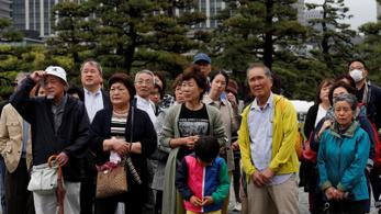 Új időszámítás kezdődik Japánban