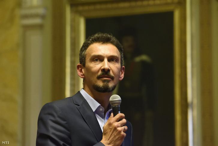 Hegedűs Zoltán a Fidesz-frakció vezetője a hódmezővásárhelyi közgyűlés ülésén 2018. május 29-én.