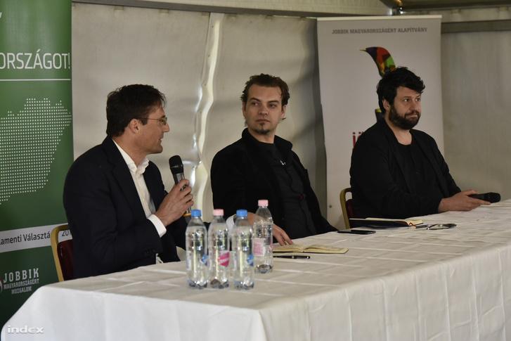 Gyöngyösi Márton, Stumpf András és Puzsér Róber a Jobbik majálisán 2019. május 1-én.