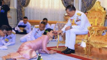 Maha Vadzsiralongkorn mindjárt király lesz, de előtte még gyorsan talált egy királynét