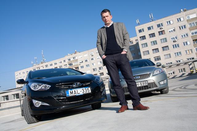 András szolgálati autója még facelift előtti, kétliteres dízellel