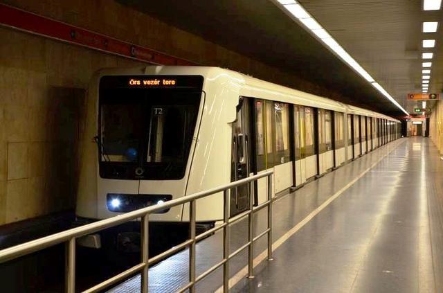 Alstom a Stadionok állomásban