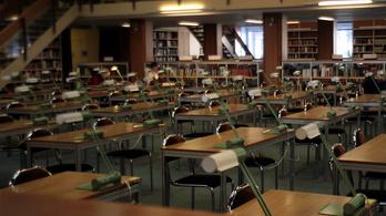 Hónapokra bezár a Várban a Széchényi Könyvtár