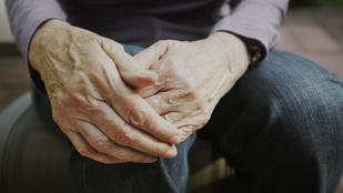 4 szokatlan tünet, ami a Parkinson-kór jele lehet