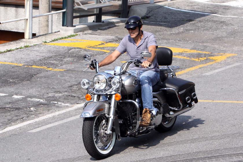 Nincs több motorozás George Clooney-nak.