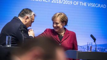 Merkel kategorikusan nemet mondott Orbánnak
