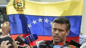 A spanyolok nem adják ki a követségükre menekült venezuelai ellenzéki vezetőt