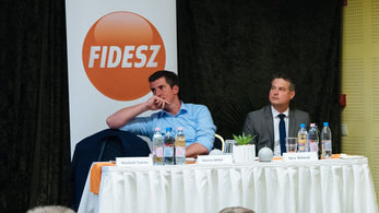 Fidesz names its real political opponent: The press.