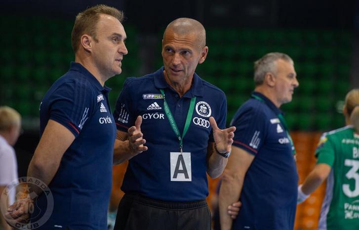 Danyi Gábor (középen)