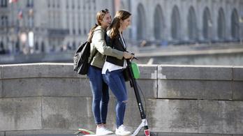 Betiltják az elektromos rollerezést a járdán Franciaországban