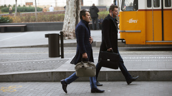 Guardian: Nem örül a cseh és szlovák kormány Habony Árpád hírügynökségének