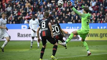 A Leverkusen rekordgyorsan rúgott hat gólt a Frankfurtnak