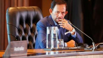 Mégsem kövezik halálra a melegeket Bruneiben