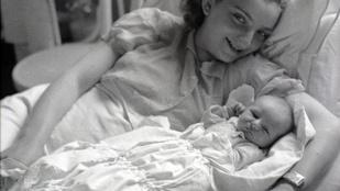 Instahíradó anyák napja után: anya-lánya fotók hírességektől