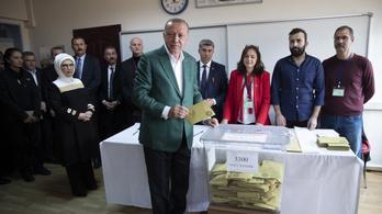 Erdoğannak nem tetszett az eredmény, meg kell ismételni a isztambuli választást