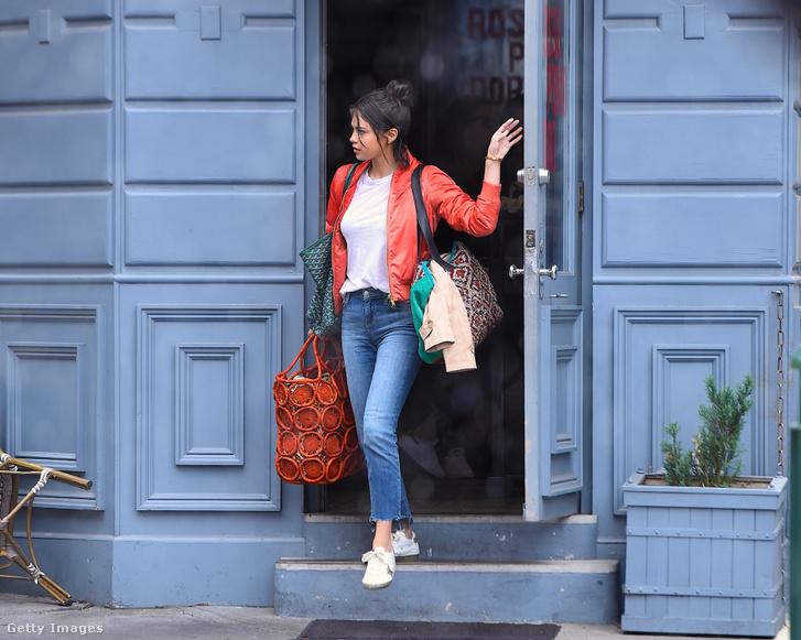 Selena Gomez az A Rainy Day In New York című Woody Allen-film forgatásán