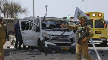Izrael lezárta Ciszjordániát és a Gázai övezetet