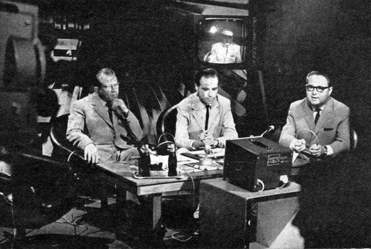 Echter Tibor, Almár Iván és Szőnyi János az MTV stúdiójában 1969. július 20-án