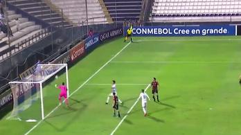 Az év legbizarabb potyáját hozták össze a Libertadores-kupában