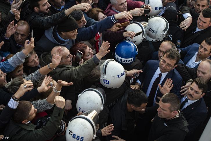 Az isztambuli választási tanács április 17-én megerősítette az eredményt és kihirdette a győztest, a Köztársaság Párt (CHP) által indított Ekrem Imamoglut