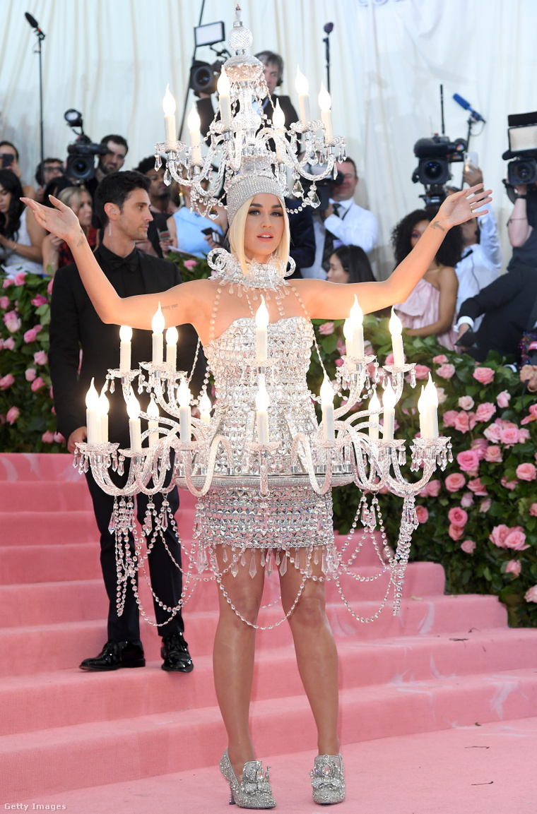 Katy Perry a 2019-es Met-gálán