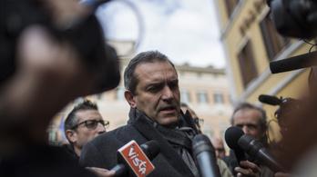 Maffiasorozatot okol a bűnözési hullámért Nápoly polgármestere