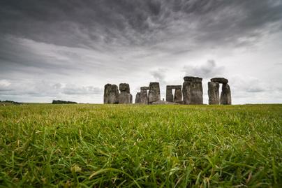 stonehenge-tavol