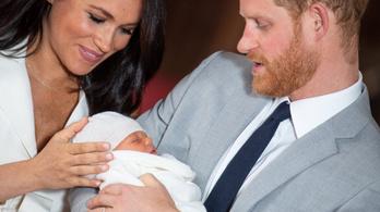 Harry herceg és Meghan hercegné bejelentette kisfiuk nevét