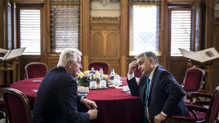 Orbán vs. Weber – egy titkos favorit a háttérben?
