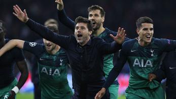 Kétszer fakadt sírva a Tottenham-edző