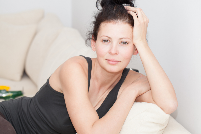 Mi történik az arcoddal, ha sokáig nem sminkelsz? Bőrgyógyászok mondták el a pozitív változásokat