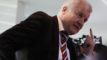 Német belügyminiszter: Jöjjenek az EU-n kívüli képzett bevándorlók