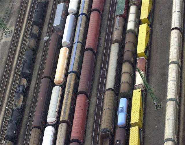 A Ferencvárosi pályaudvar részlete a levegőből