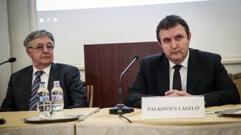 Palkovics jövő héten a kormány elé viszi az Akadémia ügyét