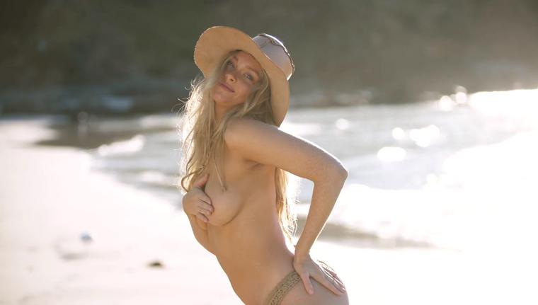 Sztár születikA sportos magazin bikinis kiadása ezt biggyesztette a  fotója mellé.