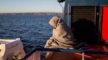 Salvini brutális pénzbüntetéssel sújtaná a menekülteket mentő hajók tulajdonosait