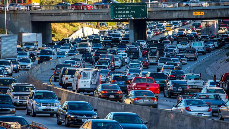 Los Angeles becélozta a full villanyautós jövőt