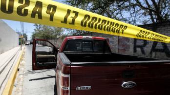 Harmincöt holttestet találtak egy mexikói város környékén