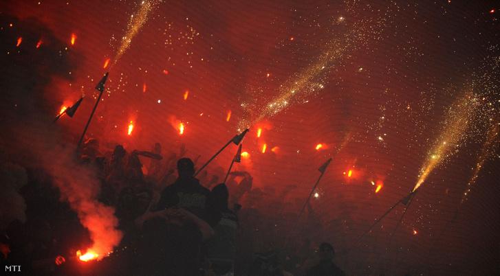Az FTC szurkolói a labdarúgó OTP Bank Liga egy héttel ezelőtt játszott Ferencváros - Újpest mérkőzésen a budapesti Groupama Arénában 2019. május 4-én.