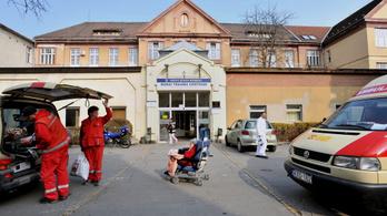 Négyből három kórház lemondta a súlyosan sérült betegek fogadását a hétvégén