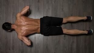 Így veszíti el szimmetriáját a testünk, és alakul ki a gerincferdülés