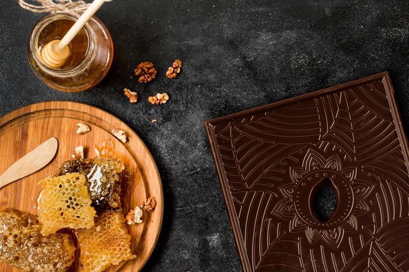Ez a mézes csoki újrafogalmazza a csokoládét: édesség helyett próbáld ki ezt! (x)
