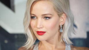 Az esküvőn még nem, de az eljegyzési partin már túl van Jennifer Lawrence