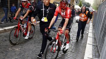 Egy tömegbukás ütötte ki a Giro egyik favoritját