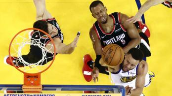 Curryt nem tudták megfékezni, sima lett a meccs