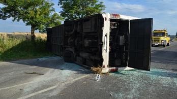Tömegszerencsétlenséget okozott a részeg buszsofőr Ceglédnél