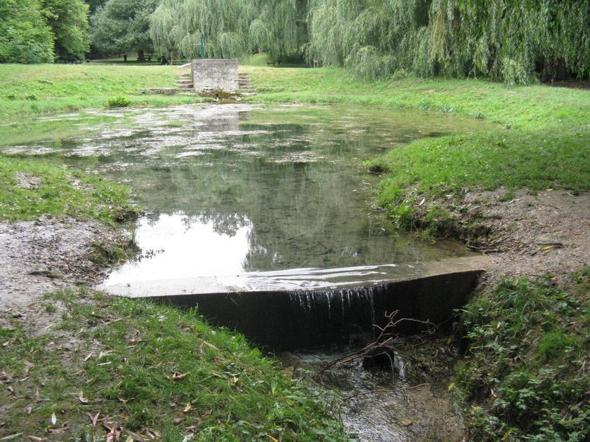 A Koloska-patak forrása és szurdokvölgye különleges kirándulóhelye a Balaton-felvidéknek.