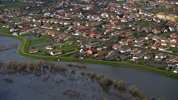 15,6 milliárdból rendezik a hullámteret Tiszapüspöki és Tiszaug között